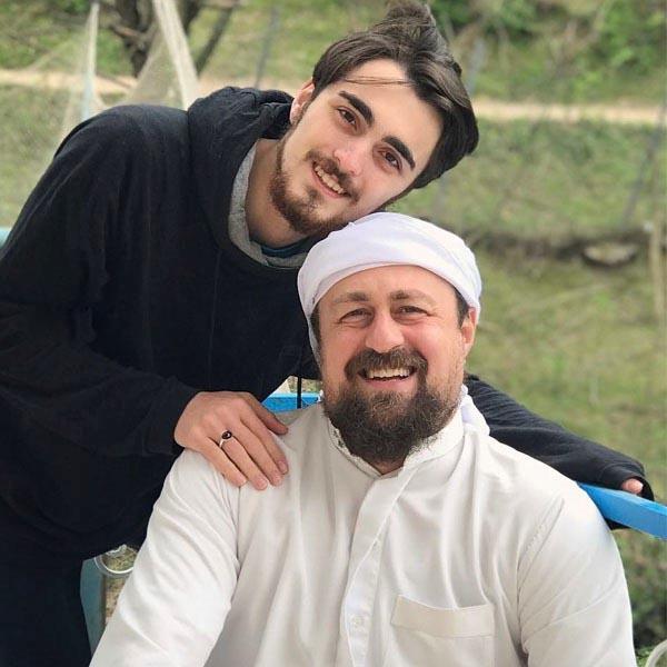 جنجال های مراسم عمامه گذاری سید احمد خمینی