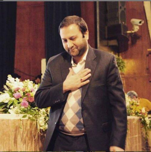 محسن پیرهادی در دانشکده خبر فعالیت داشت.